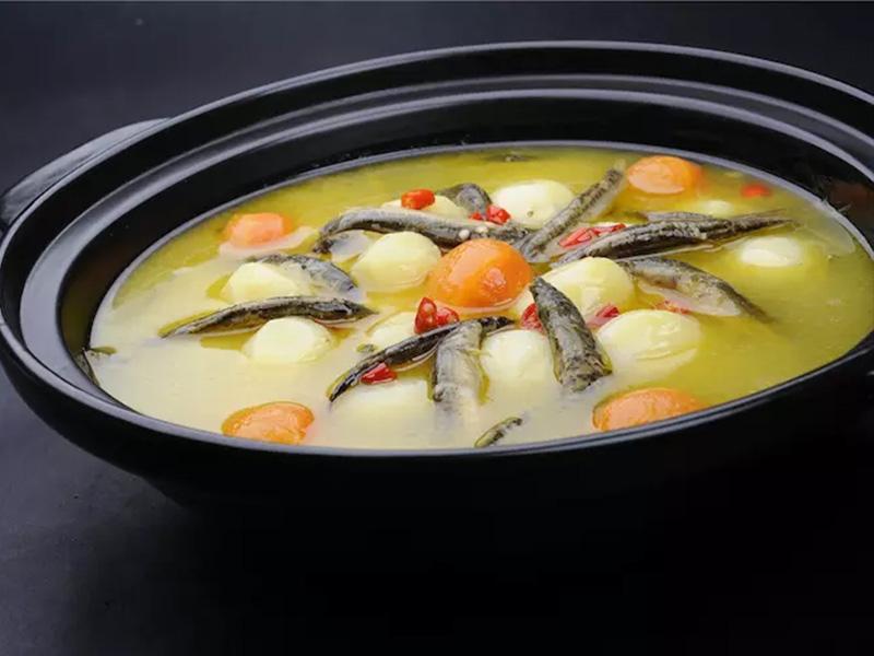小土豆燉泥鰍