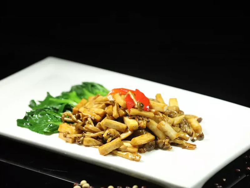 菜心炒菌菇